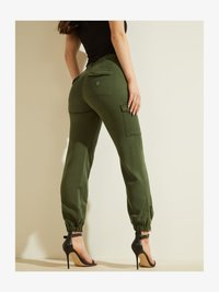 Guess - Cargo trousers - grün - 2