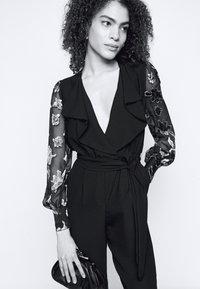 Diane von Furstenberg - JANICE - Haalari - black - 3