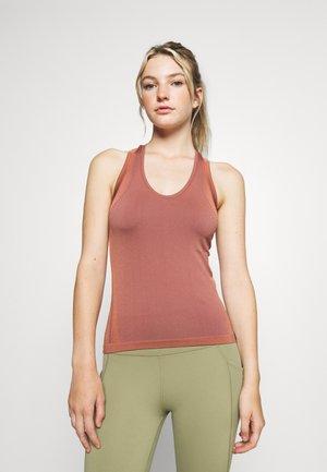 LEGEND SHINE TANK - Sports shirt - cinnabar red