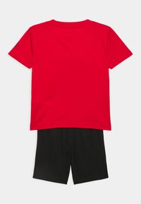 Nike Sportswear - FUTURA SET - Camiseta estampada - black/university red - 1