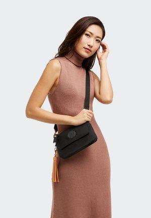 ETKA S E - Handbag - rose black
