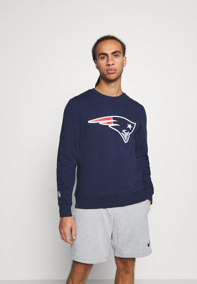 NFL NEW ENGLAND PATRIOTS ICONIC PRIMARY COLOUR LOGO GRAPHIC CREW - Klubové oblečení - navy
