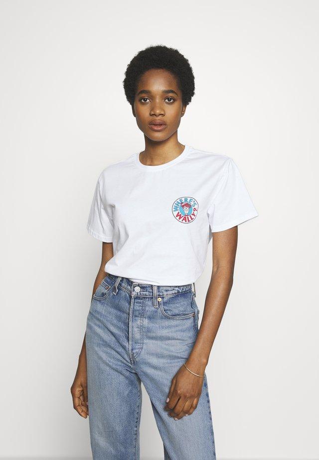 WHERE IS WALLY CORRIDORS OF TIME TEE - Print T-shirt - white