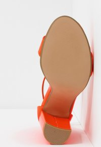 Steve Madden - CARRSON - High heeled sandals - orange - 6