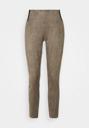 VMCAVA - Leggings - Trousers - bungee cord