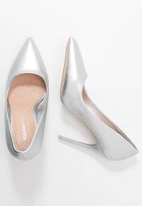 Glamorous - Høye hæler - silver - 3