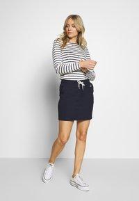 GANT - GANT LOCK UP SKIRT - Mini skirt - evening blue - 1
