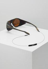 Oakley - CLIFDEN - Aurinkolasit - olive - 4