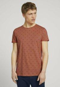 TOM TAILOR DENIM - T-shirt print - orange mini palm leaf print - 0