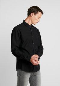 edc by Esprit - Shirt - black dark wash - 0