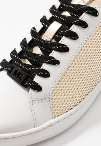 MICHAEL Michael Kors - IRVING LACE UP - Sneakers - gold/multicolor - 2