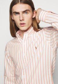 Polo Ralph Lauren - OXFORD - Shirt - orange/white - 3