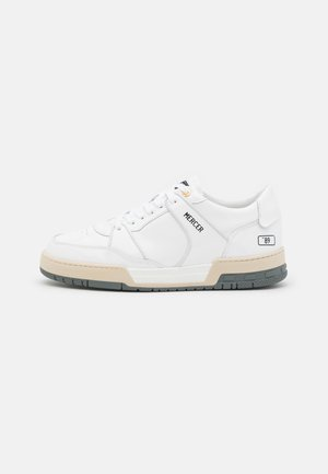 "BASKET ""89 - Trainers - white"