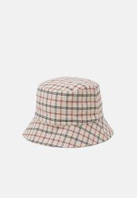 Pieces - PCMADALENA BUCKET HAT - Klobouk - brown sugar/red/brown - 1