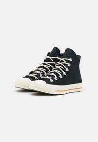 Converse - CHUCK 70 CORK UNISEX  - High-top trainers - black/egret/red bark - 1
