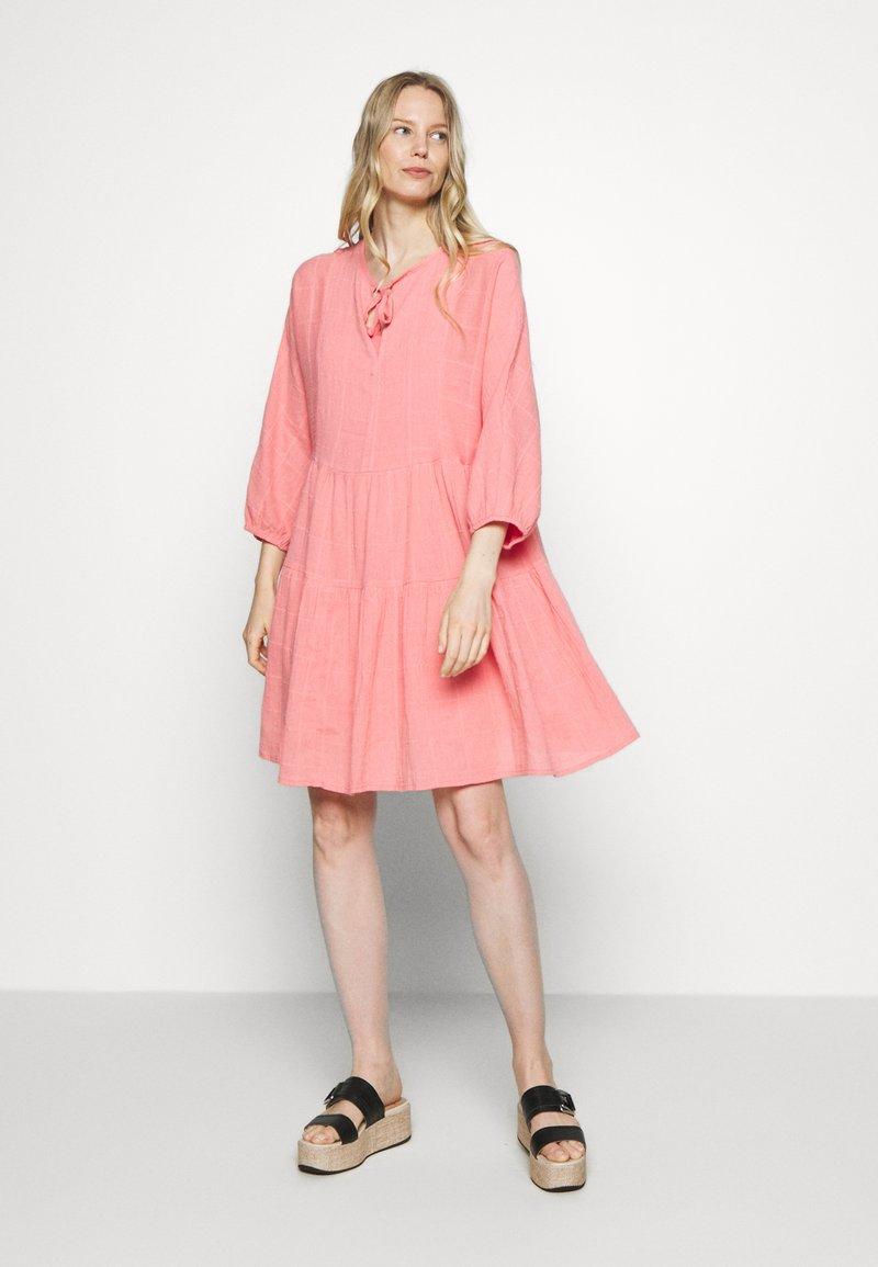 Part Two - DENCIA - Day dress - peach blossom
