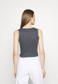 BDG Urban Outfitters - LOLA TRIM SOLID TANK - Top - washed black - 2