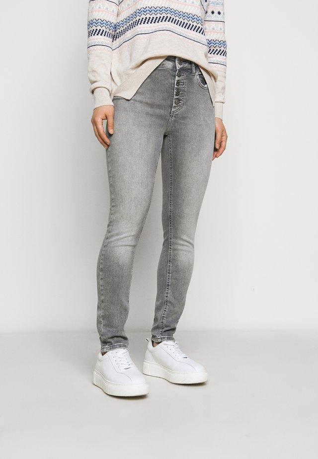 ONLBLUSH  - Skinny džíny - grey