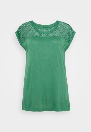 ONLNICOLE MIX - T-shirts - pine green