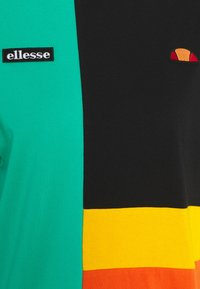 Ellesse - GOLDIE - Print T-shirt - multi - 7