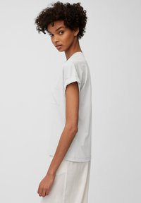 Marc O'Polo - Basic T-shirt - spring water - 4