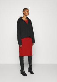Anna Field - Pouzdrové šaty - red - 1