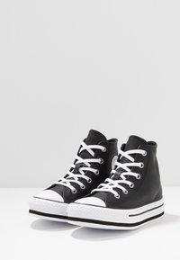 Converse - CHUCK TAYLOR ALL STAR PLATFORM - Sneakers hoog - black/white - 3