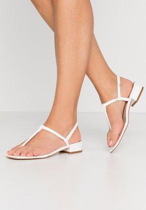 INESA - Sandály s odděleným palcem - white