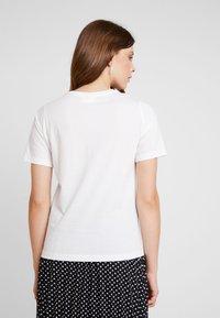 Vila - VIEVIE - Print T-shirt - cloud dancer/navy blazer - 2