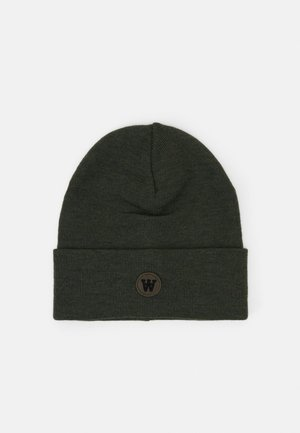 GERALD TALL BEANIE - Lue - army green
