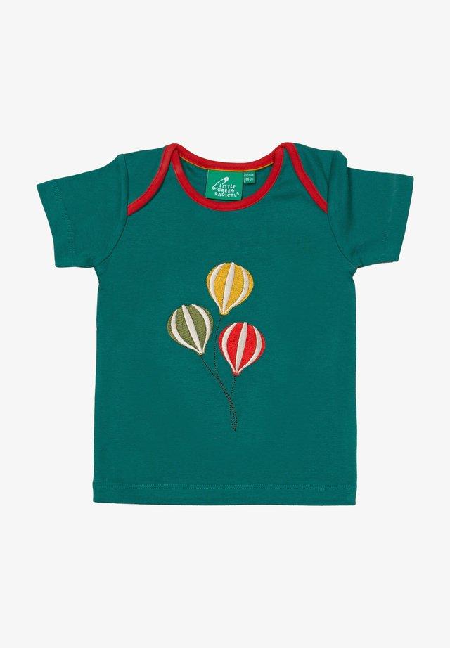 THE BEAR JAMBOREE APPLIQUE - T-shirt print - green