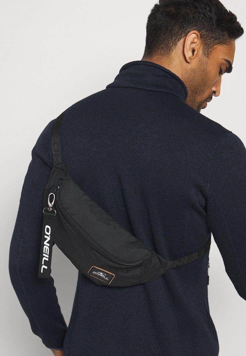 O'Neill - FANNY PACK - Bum bag - black out