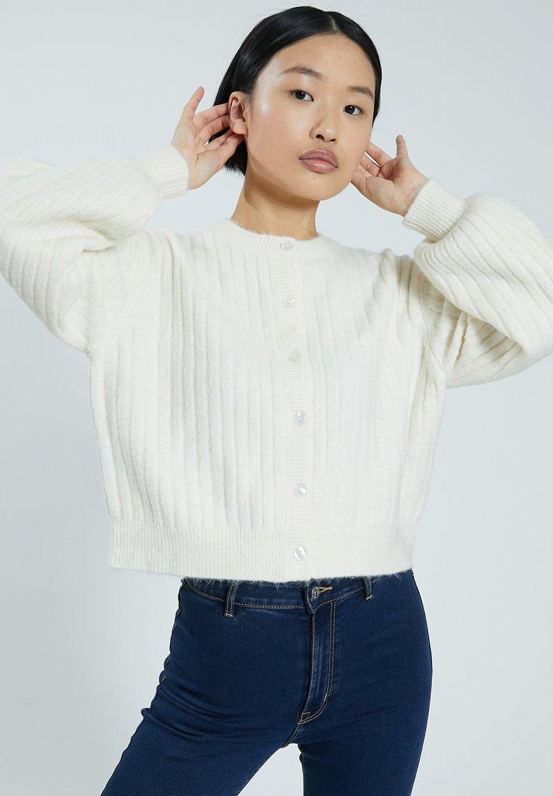 Pimkie - Cardigan - white