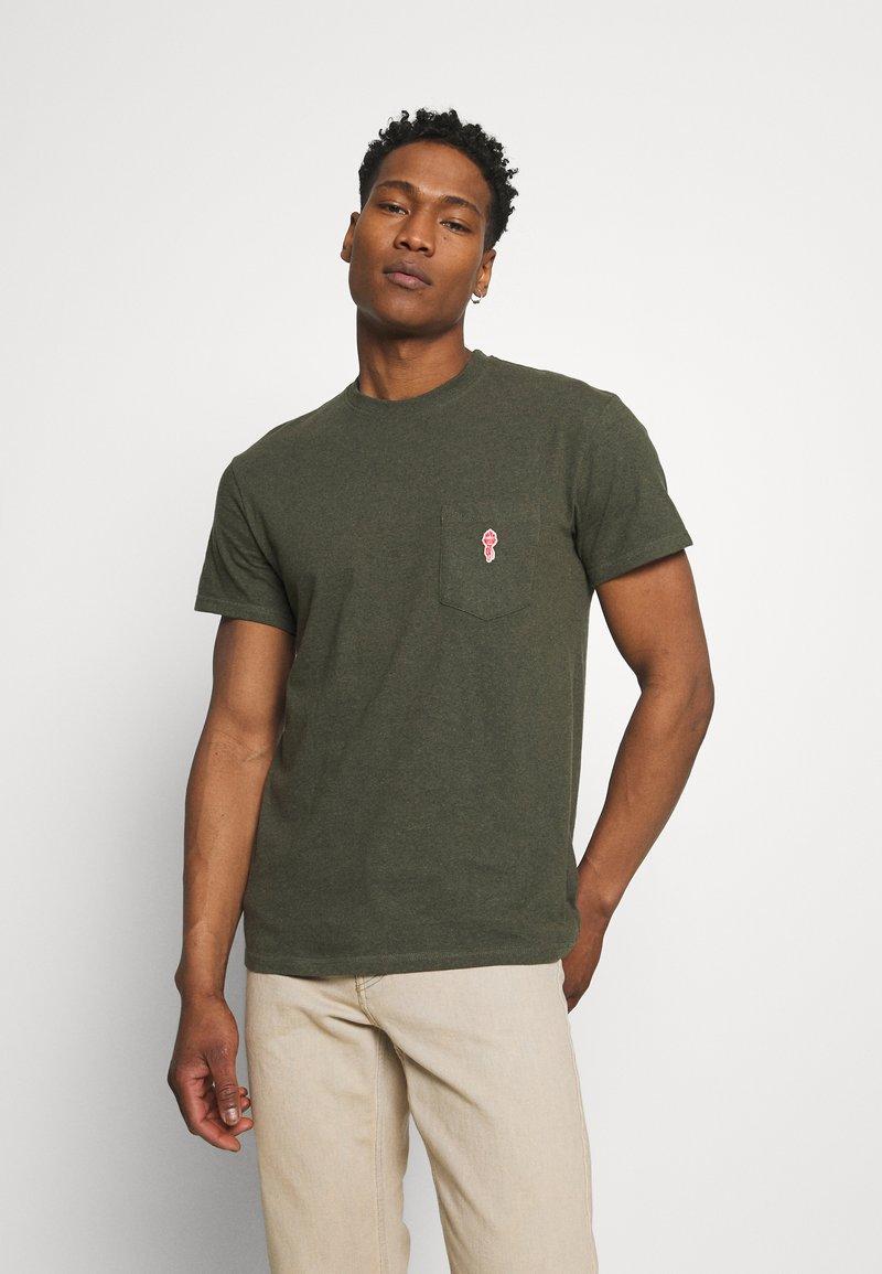 REVOLUTION - LOOSE FIT POCKET - Basic T-shirt - army melange