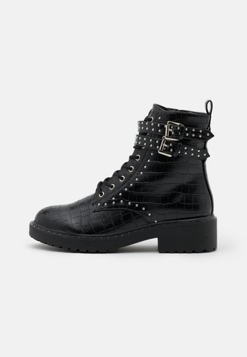 MAJESTIC STUD LACE UP BOOT
