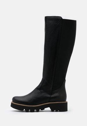 VIOLA - Platåstøvler - black