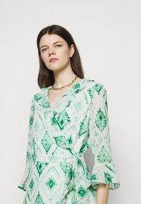 Marella - LIVREA - Denní šaty - verde smeraldo - 3