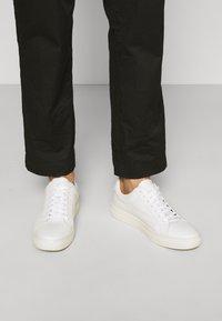 Vagabond - PAUL - Sneakers basse - white - 0