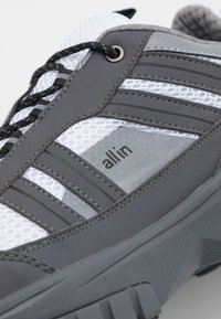 all in - W8 UNISEX - Trainers - white - 5