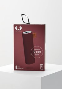 Fresh 'n Rebel - POWERBANK 3000 MAH - Power bank - ruby - 5