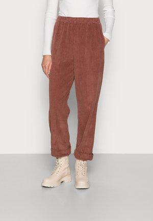 PADOW - Trousers - desir