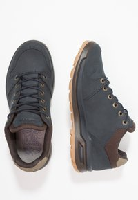 Lowa - LOCARNO GTX - Hiking shoes - navy - 1