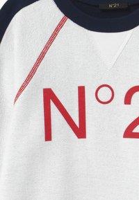 N°21 - Mikina - white - 3