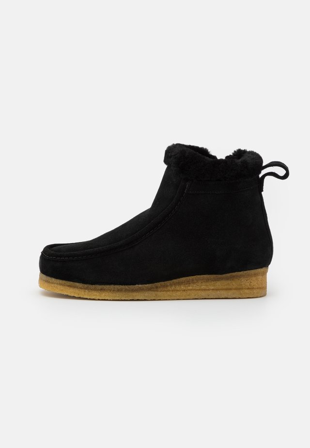 WALLABEE FROST - Platform-nilkkurit - black
