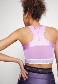 Nike Performance - TANK - Débardeur - violet shock/white - 4