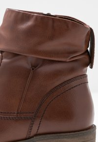 Tamaris - Boots  - Classic ankle boots - chestnut - 2