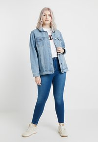 Simply Be - OVERSIZED JACKET - Denim jacket - bleachwash - 1