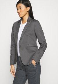 Mos Mosh - BLAKE GALLERY PANT - Slim fit jeans - grey - 3