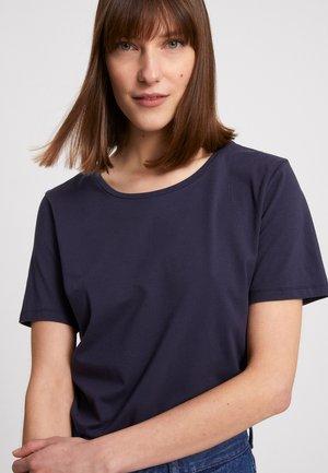 MINAA - Basic T-shirt - night sky