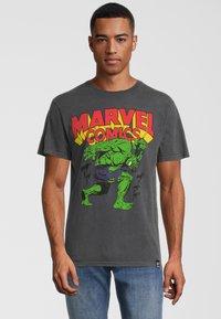 Re:Covered - MARVEL COMICS HULK  - Print T-shirt - grau - 0